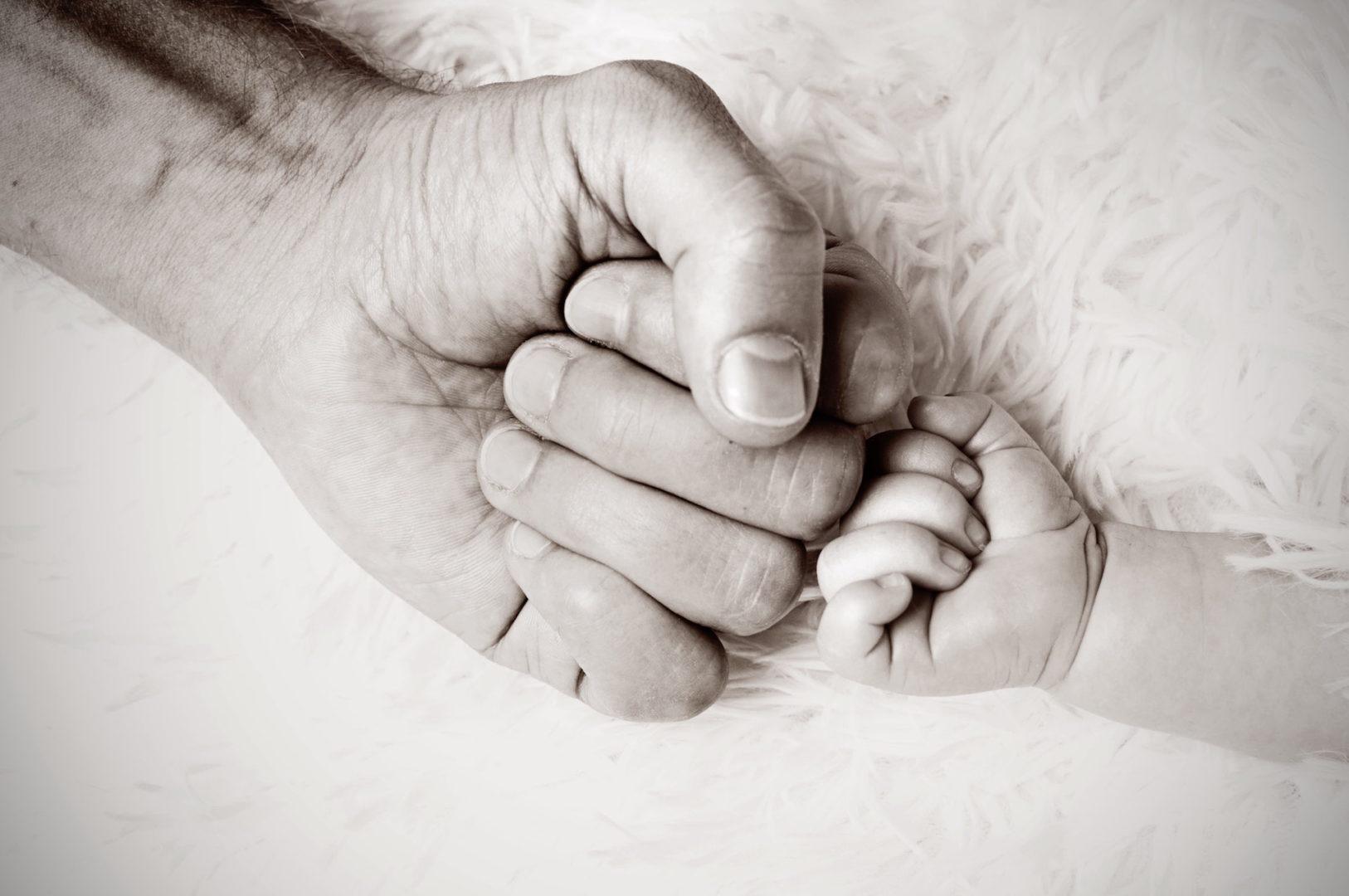 Codici Affettivi: Perché Anche un Papà può Essere Materno